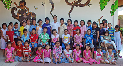 Children in Thailand who will benefit from the new library